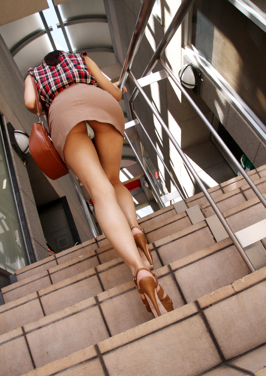 Up The Stairs With A Plug
