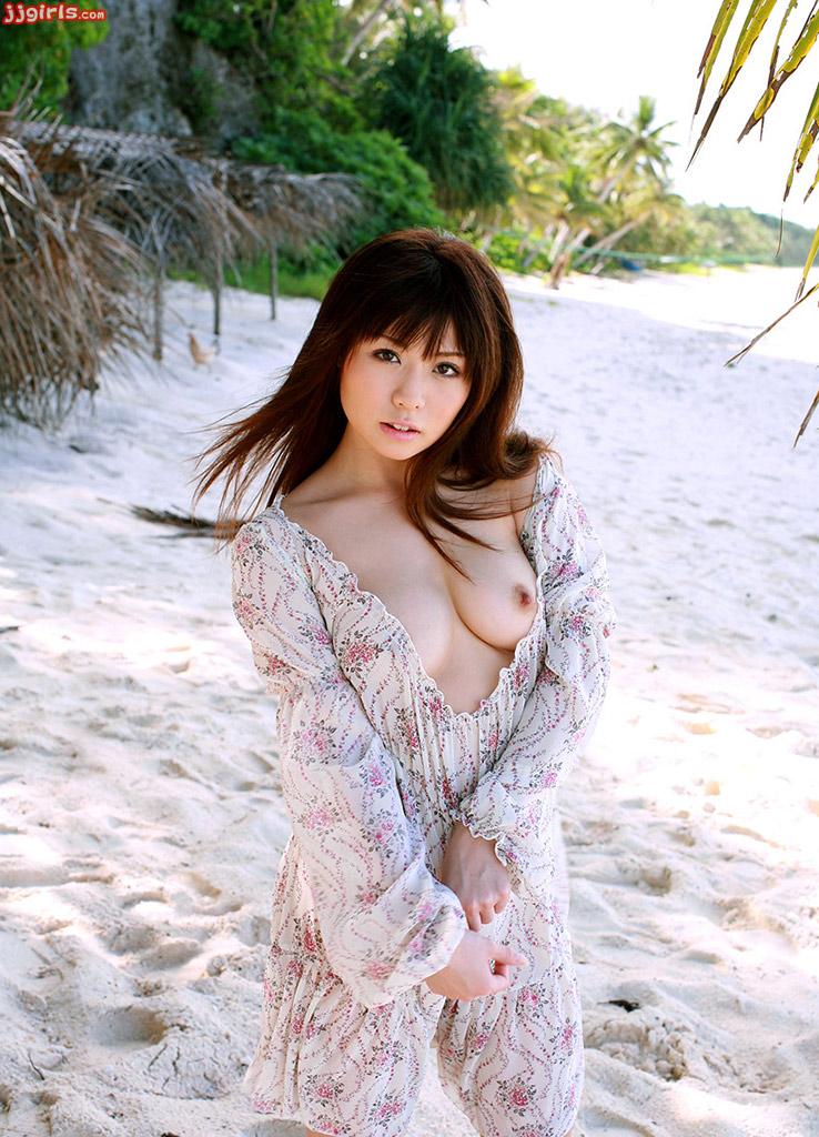 porno idol aya hirai