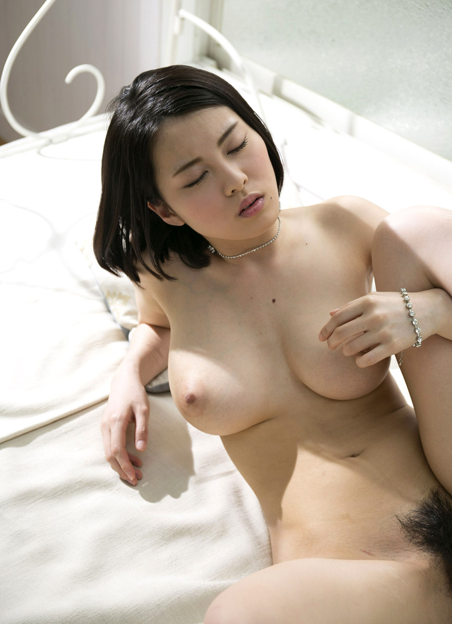 Asian girl on millionaire matchmaker