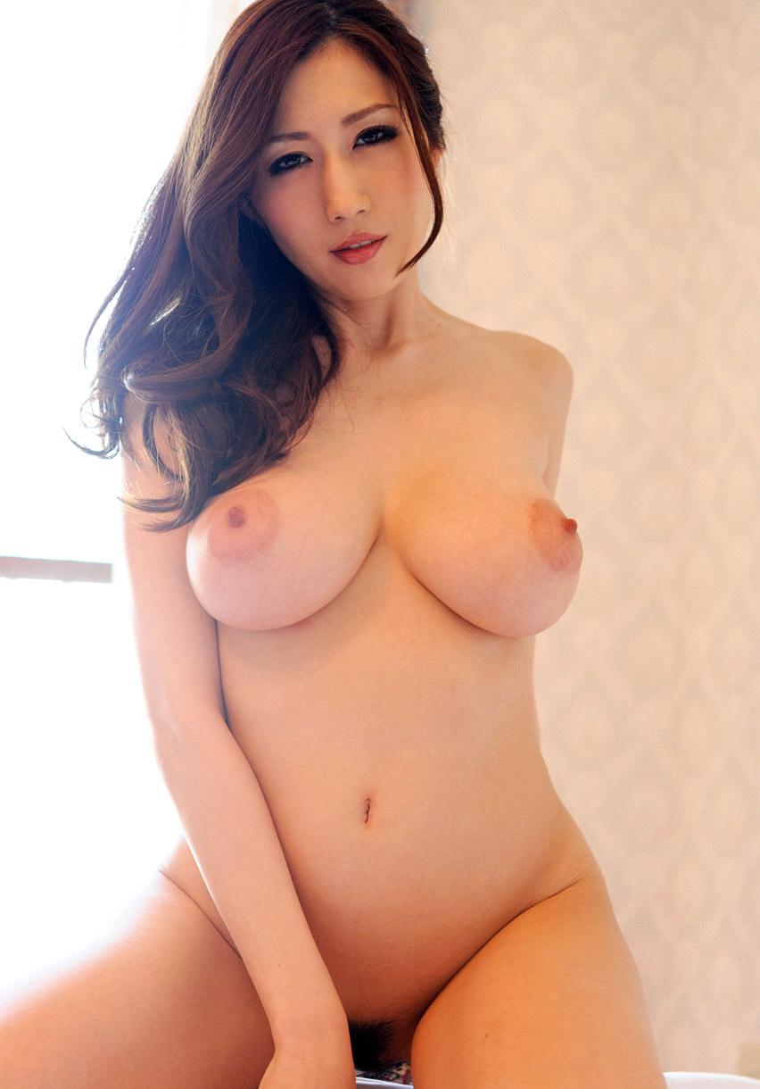 Nackt julia kyoka Julia Kyoka