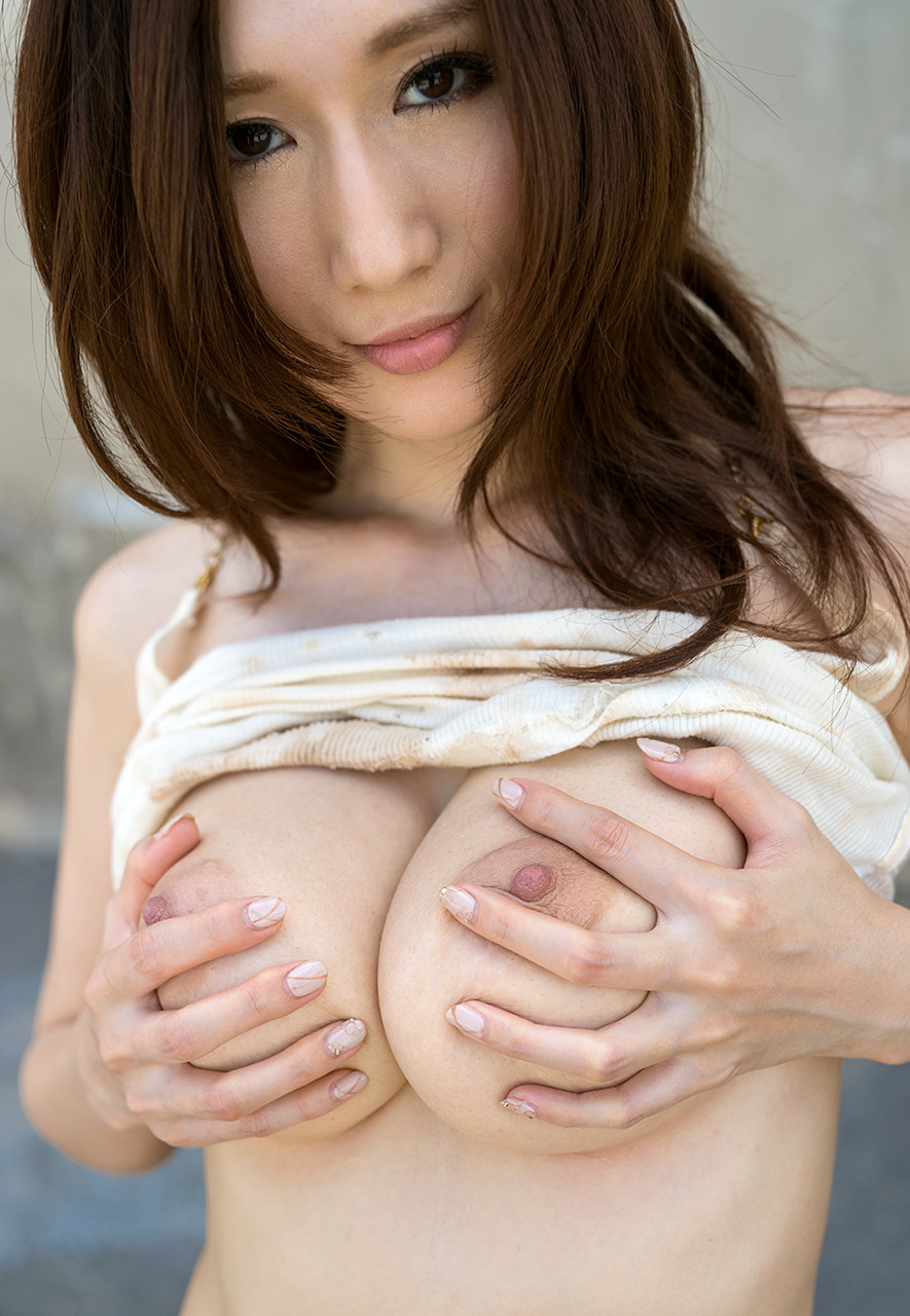 Nude japanese julia