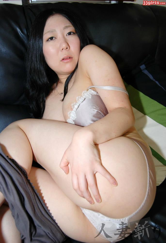 Ryoko yasukawa busty asian wife receiving a creampie - 1 part 10