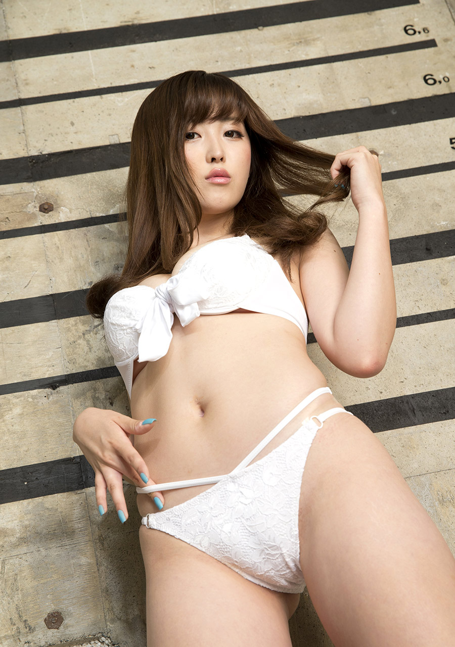 Aiko nagai with big assets sucks boner until gets cum in mou 10