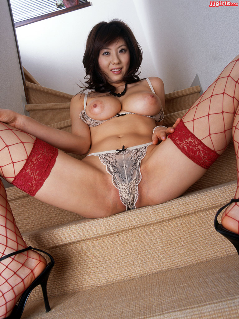JSexNetwork Japanese AV Idols Videos and Photos Download