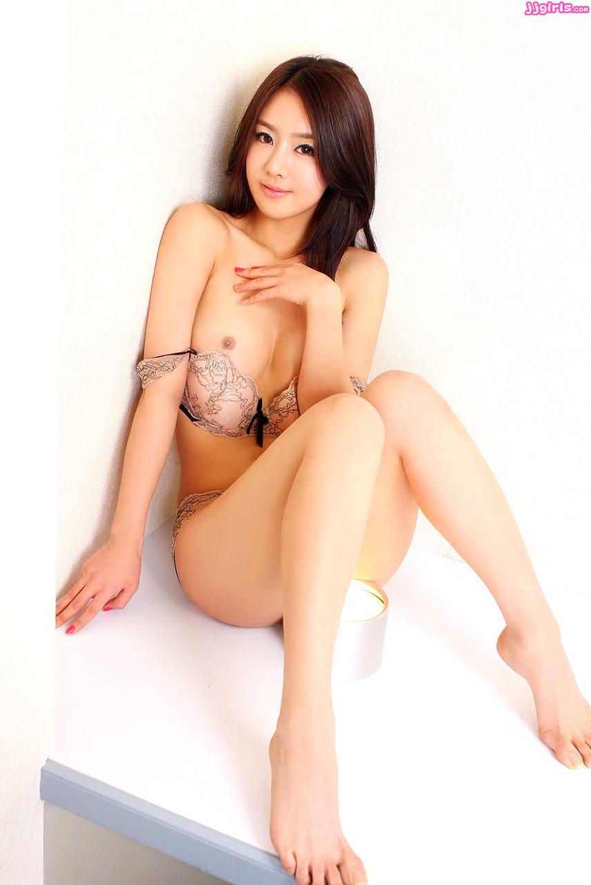 Korean lyna nude tran