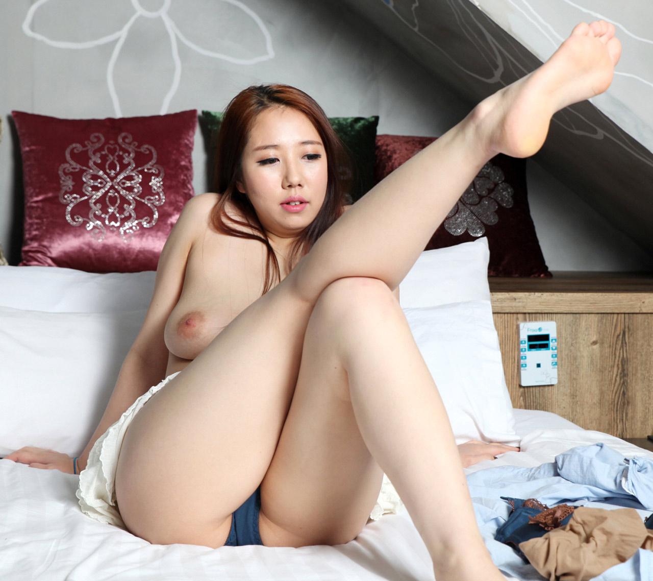 korea sex model girl photo
